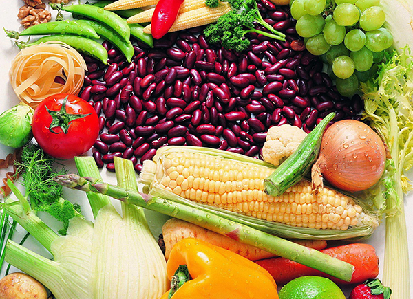 Food_Differring_meal_Vegetables__fruits__berries_020009_